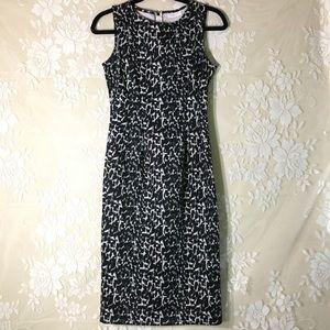 New York & Company Stretch Sleeveless Dress
